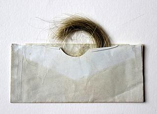 Thorvaldsens hår. Gave til Eliza Whittle fra Christine Stampe, antagelig 1844, Fondation Custodia, Paris, inv.nr. 2013.A.195a