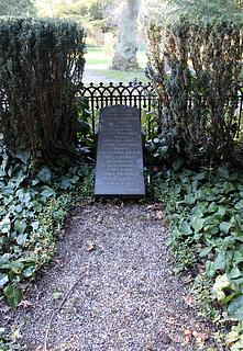 F.S. Vogt, gravmæle, Assistens Kirkegård, København