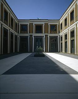 Thorvaldsens Museum, Den fornyede gårdbelægning 1995