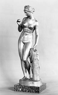 Pietro Galli og Wilhelm Hopfgarten efter Bertel Thorvaldsen, Venus med æblet, forgyldt bronze, 1821-1824, Kongernes Samling, Amalienborg, København, inv.nr. 20-79.