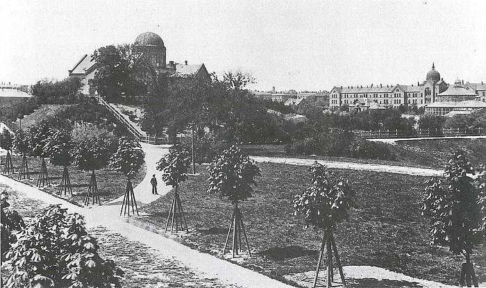Botanisk Have med Observatoriet