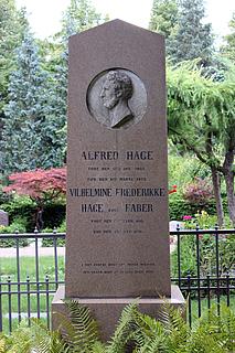 Gravmæle, Alfred Hage, Holmens Kirkegård, København