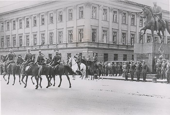 Tysk troppeparade, Warszawa 5.10.1939