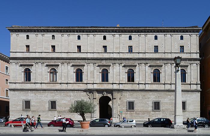 Donato Bramante: Palazzo Giraud-Torlonia