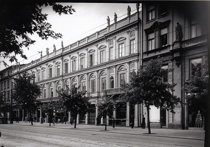 Henryk Marconi: Grodzickis palæ på Kongevejen i Warszawa
