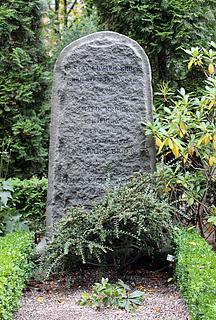 Gravmæle Gustav Edvard Brock, Holmens Kirkegård, København