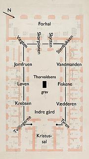 M.G. Bindesbøll: Grundplan, stueetagen med placeringsangivelse af stjernetegnene i korridorloftet. Danmarks Kunstbibliotek, inv.nr. 19265b