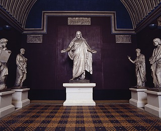 Kristus-sal med Peter og Paulus flankerende Kristus - Copyright Thorvaldsens Museum