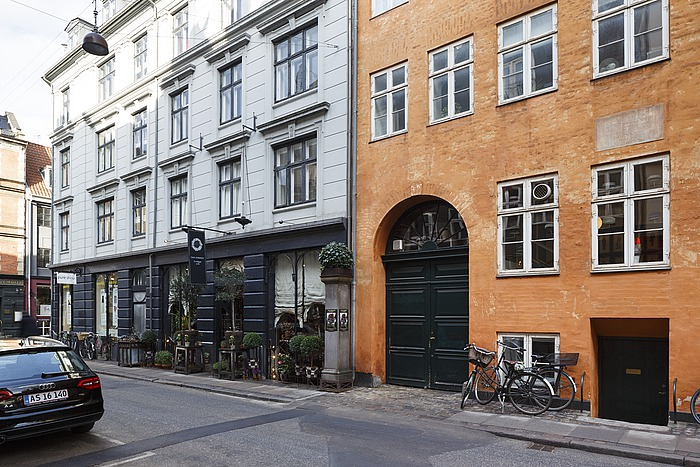 Ny Adelgade 12 (tidligere Lille Grønnegade 12), København