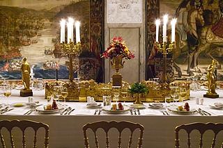 Christian 8.s borddekoration ved gallataflet den 14.9.2006, fotograf Katrine Schøbel, Rosenborg Slot.