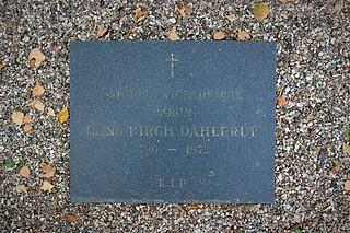 Gravmæle Hans Birch Dahlerup, Holmens Kirkegård, København