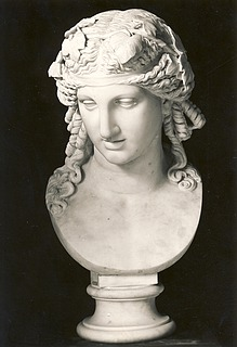 Bertel Thorvaldsen: Bacchus, c. 1805-1810, marble, whereabouts unknown, photo 1927