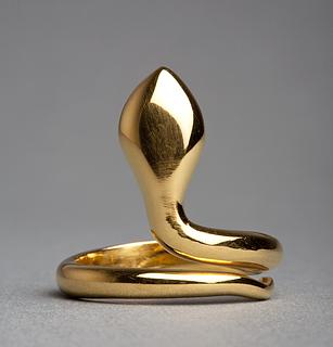 Thorvaldsens slangering. Guld. Diam. 2,23 cm. I. årh. e. Kr.? Thorvaldsens Museum. - Copyright tilhører Thorvaldsens Museum