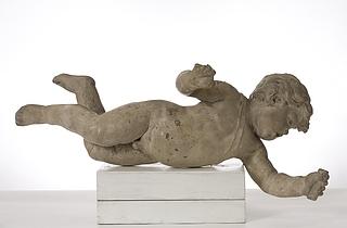 En svævende barnefigur