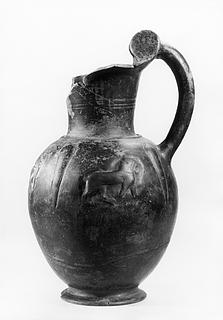 Oinochoe med gående løver. Etruskisk