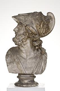 Menelaos med hjelm ud smykket med relieffer