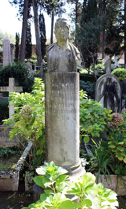 Gravmæle for Emil Wolff, Cimitero Acattolico