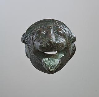 Løvehoved. Etruskisk møbelbeslag