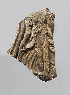 Campanarelief med torso af bevinget kvinde (Victoria?). Romersk