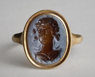 Buste af Dionysos (?). Hellenistisk-romersk ringsten