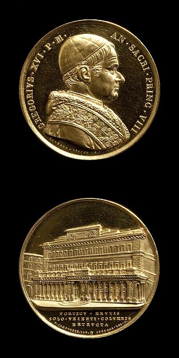 Medalje forside: Pave Gregor 16. Medalje bagside: Postkontoret på Piazza Colonna i Rom