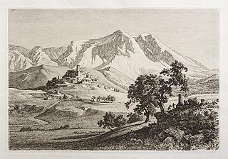 Veduta di valle e monte Velini negli Abruzzi