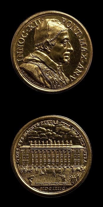 Medalje forside: Innocent 12. Medalje bagside: Toldbygningen Dogana di terra