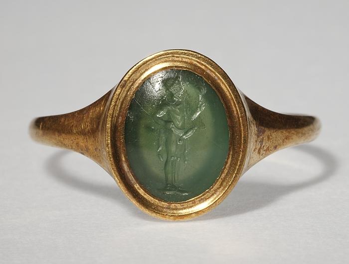 Priapos med et spejl. Hellenistisk-romersk ringsten