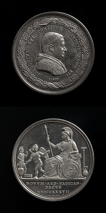 Medalje forside: Pave Gregor 16. Medalje bagside: En vinget genius viser Roma de etruskiske antikker