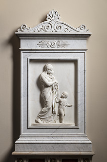 Bertel Thorvaldsen: Caritas, marmor, Vor Frue Kirke