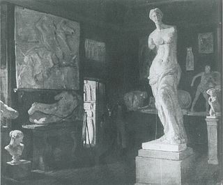 Unknown artist, Southern Corner Cabinet with Venus de Milo in the Antique Room of the Academy of Fine Arts, Copenhagen, 1840?, private collection