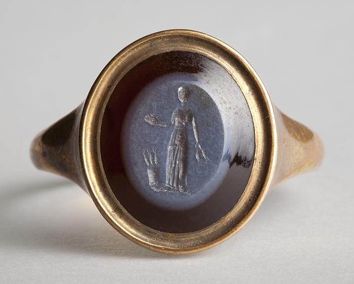 Demeter med kornaks og frugtskål. Hellenistisk-romersk ringsten