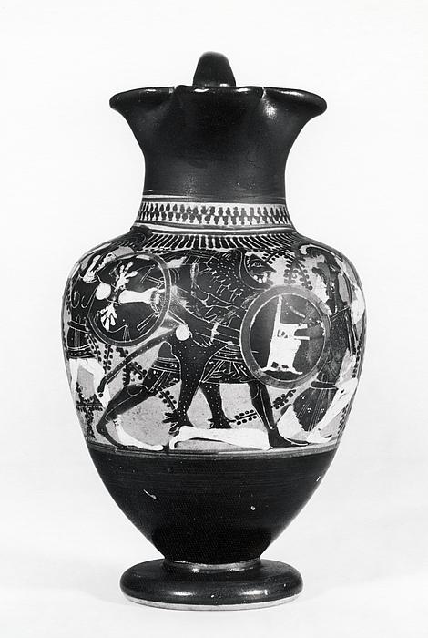 Oinochoe med Herakles og amazoner i kamp. Græsk