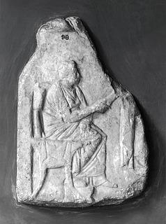 Gravrelief med en siddende kvinde. Græsk hellenistisk
