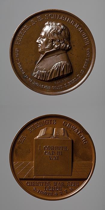 Medalje forside: Friedrich Schleiermacher. Medalje bagside: Bibelen oven på en plint
