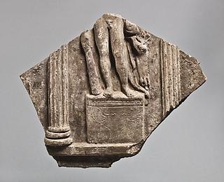 Campanarelief med statue af Herkules mellem søjler. Romersk