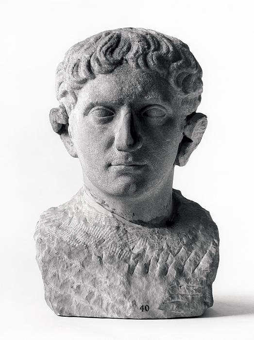 Portrætskulptur af en mand. Romersk