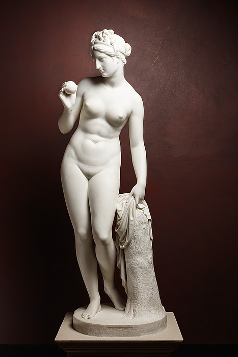 Venus with the Apple A853 - Thorvaldsensmuseum