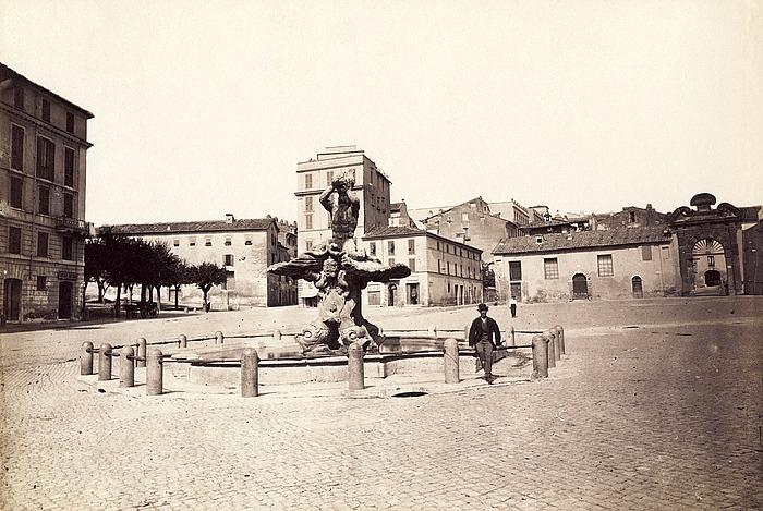 Gian Lorenzo Bernini: Fontana del Tritone, 1642-1643