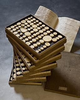 Daktyliotek med mytologiske motiver, 500 styk
