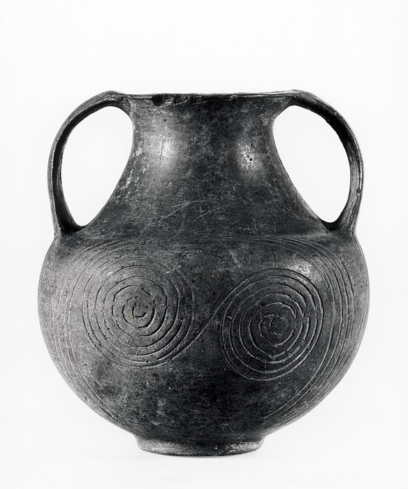 Amfora med spiralornament. Etruskisk