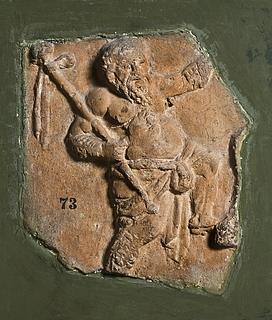 Campanarelief med silen med thyrsos. Romersk