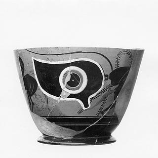 Kyathos med Pegasoi, øjne og en løbende silen. Græsk