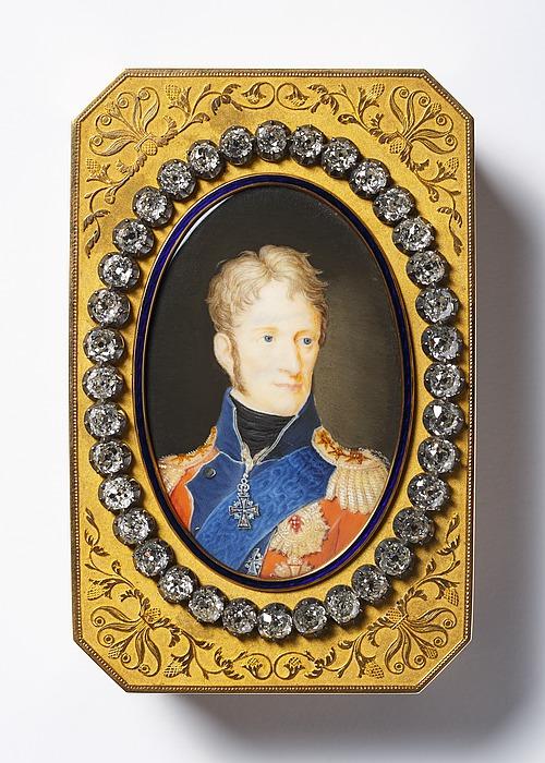 Snustobaksdåse med portræt af Frederik 6.