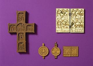 Diptych: Indtoget i Jerusalem. Nadveren. Fodvaskningen. Gethsemane Have. Den korsfæstede Kristus. Maria med barnet, Copyright tilhører Thorvaldsens Museum