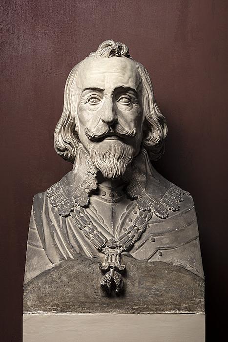 Maximilian 1.