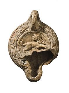 Lampe med en springende løve. Romersk