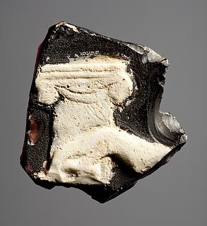 Kaméplade med ionisk kapitæl og en hånd. Romersk