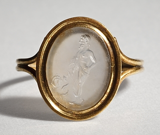 Asklepios med æskulapstav og en maske. Hellenistisk-romersk ringsten