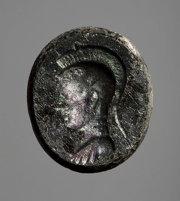 Buste af Athene iført hjelm. Romersk republikansk paste